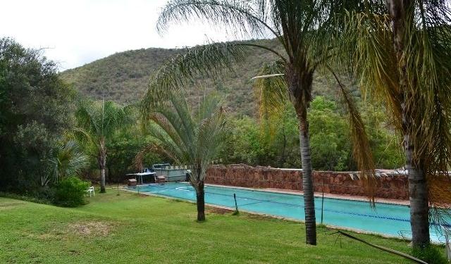 BERG EN BOS 25 m Olimpiese Standaard swembad